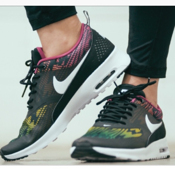 Line Air Nike Thea Sneakers Finish Max 5R3ALq4j